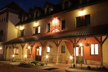 Hotel Tyniecki