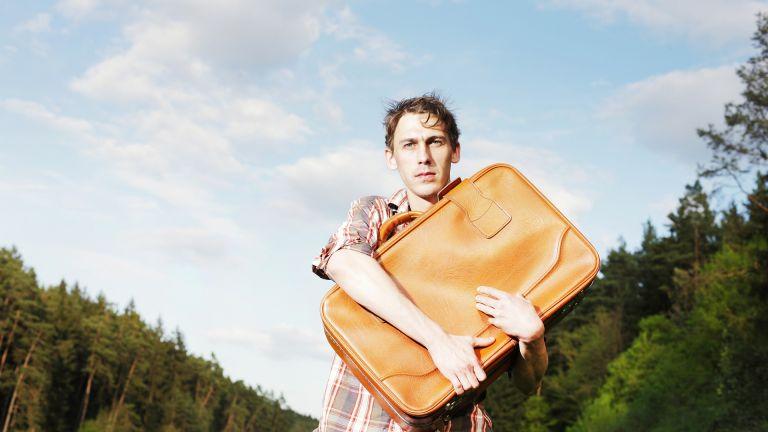 Jak spakować bagaż podręczny do samolotu?