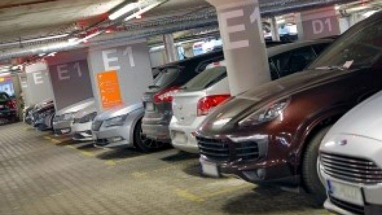 Do 33% zniżki za parking na lotnisku Chopina w Warszawie