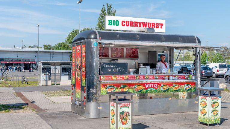 Street food na lotnisku Schönefeld w Berlinie