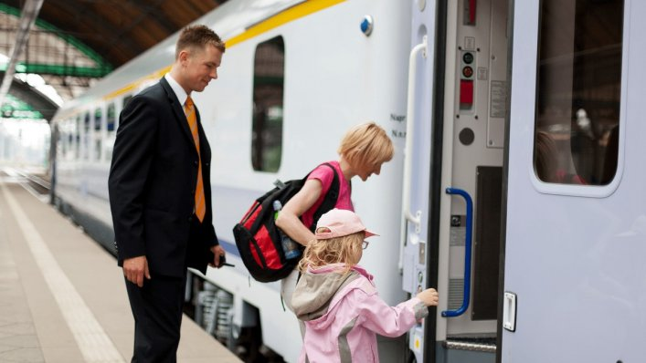 Darmowe podróże z PKP Intercity na Dzień Dziecka!