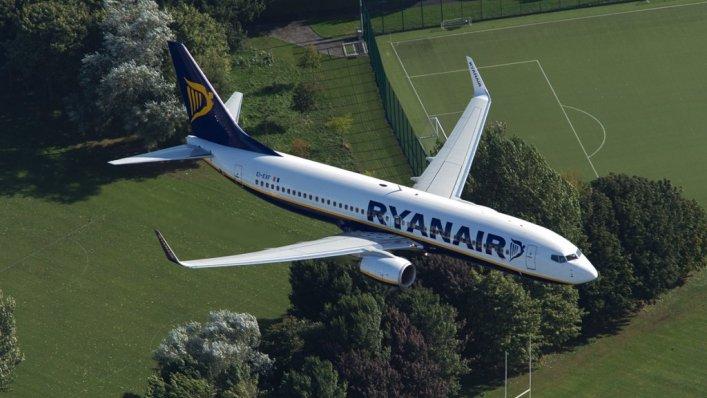 Sprawdź jaka była emisja CO2 przez Ryanair w czerwcu!