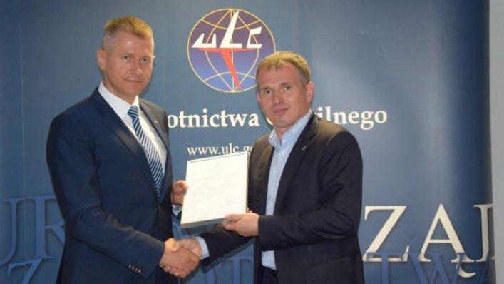 Wrocławskie lotnisko otrzymało certyfikat od ULC!